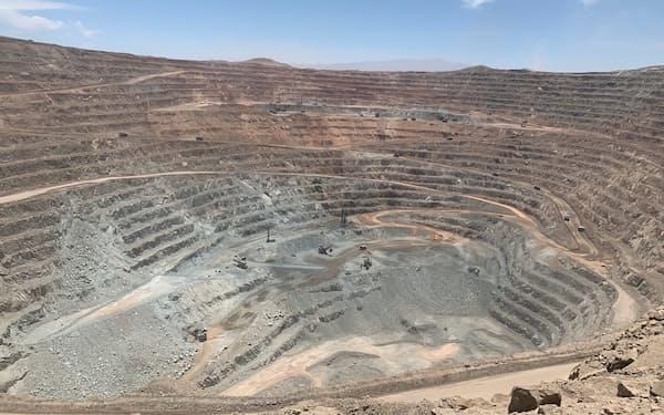 チリのシエラゴルダ銅鉱山(住友金属鉱山提供)