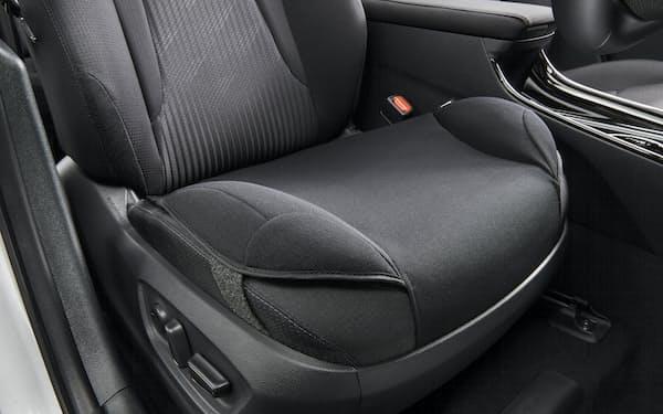 トヨタ自動車が発売した「安心ドライブサポートクッション」