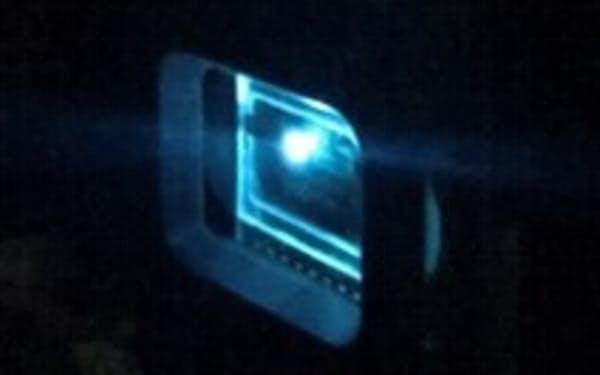 コアラテックは波長を任意にできる有機半導体レーザーの実用化を目指す