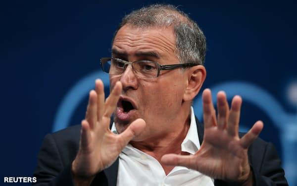 米国のエコノミスト、ルービニ氏は米連邦準備理事会(FRB)は利上げに動けないとみる。