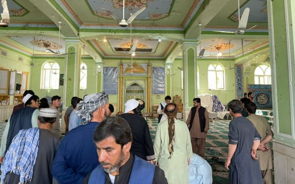 15日、爆発のあったカンダハルのモスク=ゲッティ共同