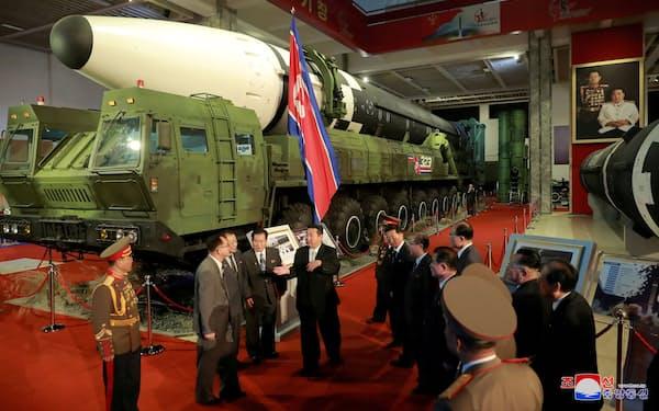米国防情報局は北朝鮮の軍事力を分析した報告書をまとめた=朝鮮中央通信・ロイター