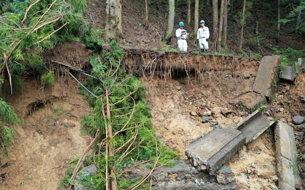 8月中旬には土砂災害の現場をドローンで撮影した(松本市)