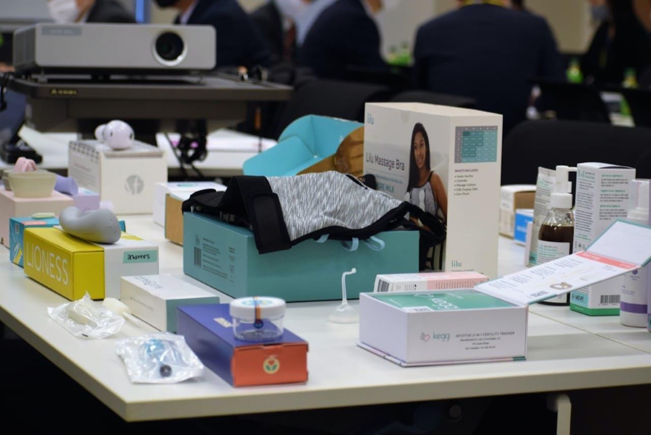 海外では用途に沿った多様なフェムテック商品が流通する(宮路拓馬事務所提供)