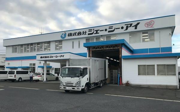 宮城県大和町にあるジェー・シー・アイの拠点ではオーダーメードの車いすを製造している