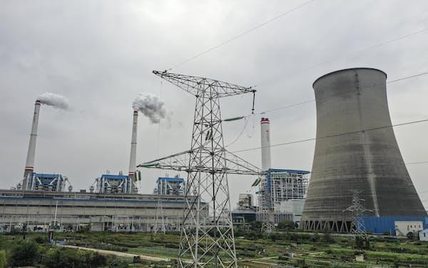 中国湖北省漢川市の石炭火力発電所=ゲッティ共同