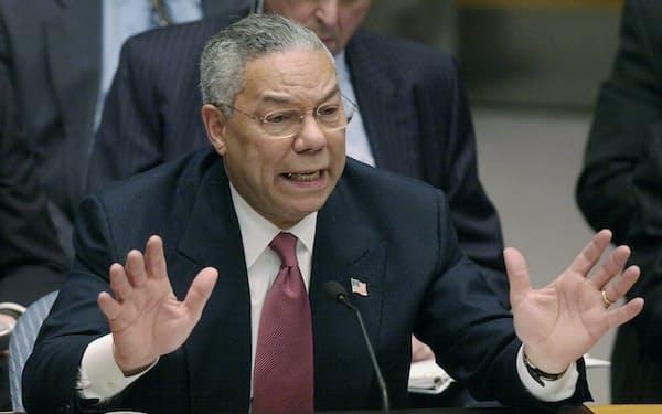 国連安全保障理事会で話すパウエル氏(ニューヨーク、2003年2月5日)=AP