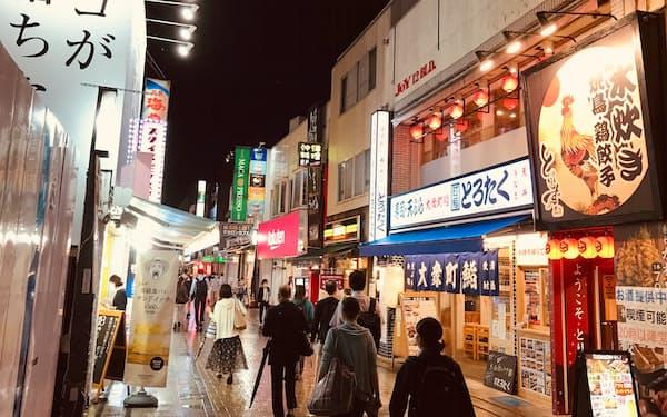 埼玉県などは24日に飲食店への要請期限を迎える(埼玉県川越市の繁華街)