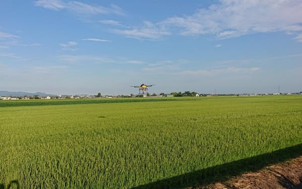 NTT東日本は農業向けドローンのデモフライトを始める