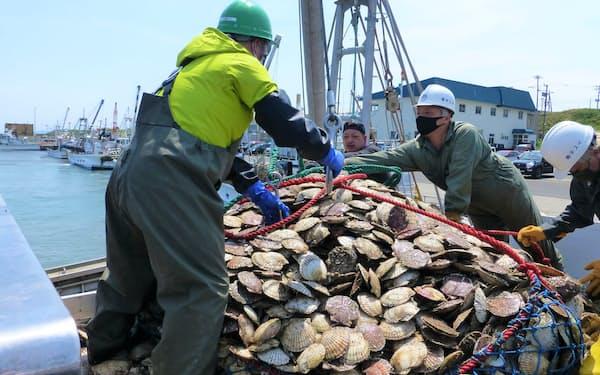 北海道産ホタテは中国など海外でも人気だ
