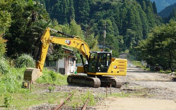 日田彦山線ではBRT専用道を整備する工事が進む(8月、福岡県添田町)