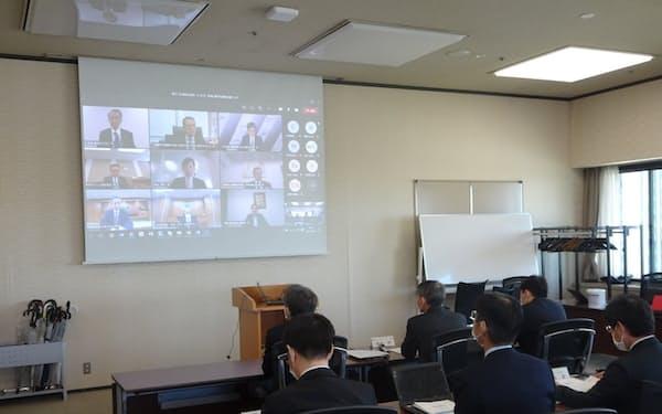 LNG調達の官民連絡会議(21日、東京・千代田)