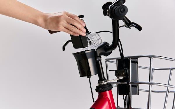 ホンダはモバイルバッテリーを使った電動自転車の充電システムを開発した