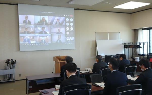 LNG調達に関する官民連絡会議(21日、東京都千代田区)