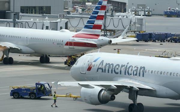 アメリカン航空の機体(米ボストン)=AP