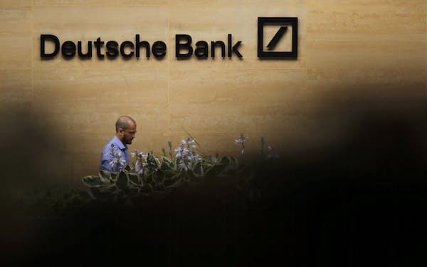 ドイツ銀行はLIBORの不正操作問題で巨額の罰金を支払った(2019年7月、ロンドン)=ロイター