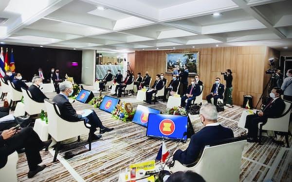 ASEANは4月の首脳会議でミャンマーへの特使派遣を決めたが、6カ月たった今も実現できていない=インドネシア大統領府提供