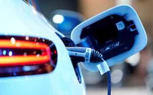 電気自動車(EV)は今後世界的に普及が見込まれる=ロイター