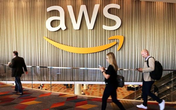 米アマゾン・コムのクラウドサービス「アマゾン・ウェブ・サービス(AWS)」のロゴ=2017年11月、米ラスベガス(ロイター=共同)