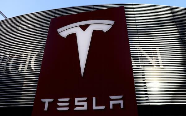 テスラの時価総額は10月25日、初めて1兆ドルを超えた