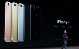 iPhone7は新色の黒2種を含む全5カラーとなる