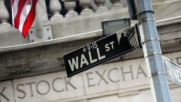 米金融大手、荒れる市場で攻め崩さず 金利上昇もろ刃の剣