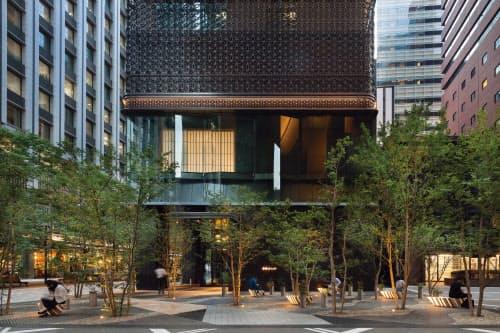 日本旅館「星のや東京」の入る大手町フィナンシャルシティ宿泊施設棟。大手町連鎖型都市再生プロジェクトの第3事業「大手町1丁目第3地区再開発」として三菱地所が進め、16年4月に竣工した(写真:吉田誠)