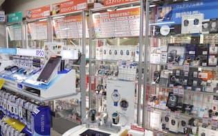 ビックカメラ新宿西口店 5階にあるスマートウォッチ売り場。Apple Watchだけは4階のApple Shop内で売られている