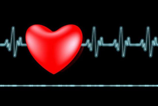 亡くなったときに心電図をつけていなければ、致死性不整脈が発生したかどうかは分からない(c)dmitri gruzdev-123RF