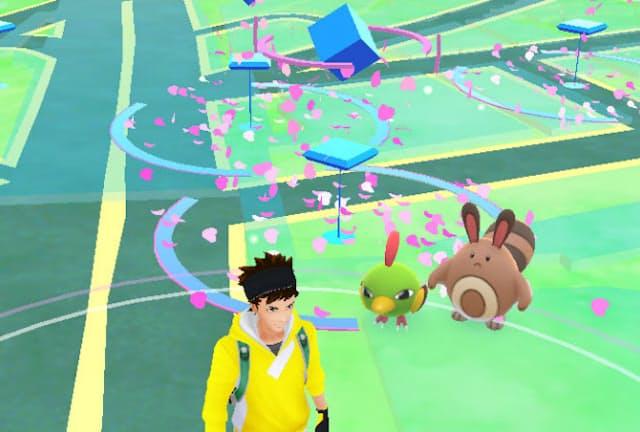 フィールドを歩くと目新しいポケモンが続々と現れる。追加されたのは「ポケットモンスター 金・銀」で登場したポケモンたちだ