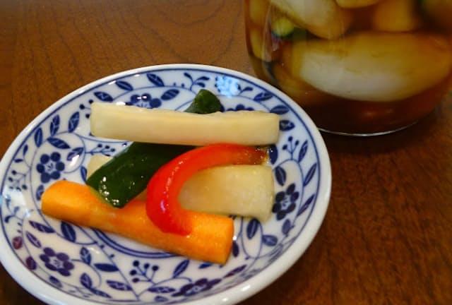 小泉さんが毎食食べているスティック野菜の甘酢漬け