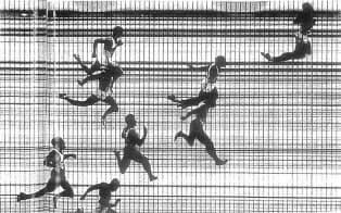 東京五輪から順位とタイムの判定に写真が導入された(男子100m走決勝)。写真出所は陸連時報 第136号、1965年3月15日、野崎忠信「1964年東京オリンピック大会コレクションと資料」所収