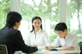 学習塾の三者面談で母親が呼ばれるのには、「理由」がある PIXTA