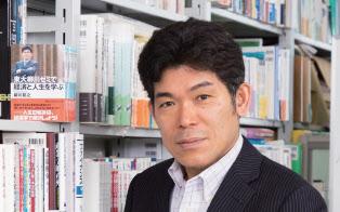 東京大学大学院経済学研究科経済学部教授。1993年東京大学大学院経済学研究科博士課程修了、2011年から現職。経済学の専門書以外に、『東大柳川ゼミで経済と人生を学ぶ』(日経ビジネス人文庫)、『40歳からの会社に頼らない働き方』(ちくま新書)など、経済学の考え方を用いた人生の指南書も多数執筆。(写真:北山宏一)