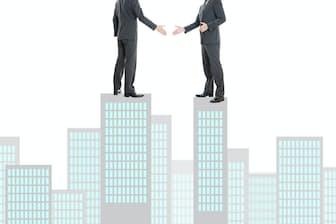 企業のM&Aで親会社が子会社の独立性やブランドを尊重するケースが目立ってきた PIXTA