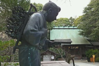 報徳二宮神社(神奈川県小田原市)の金次郎像は貴重なオリジナル像だ