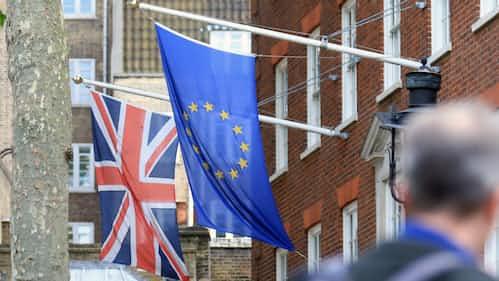 英EU離脱、移行期間は20年末まで 暫定合意