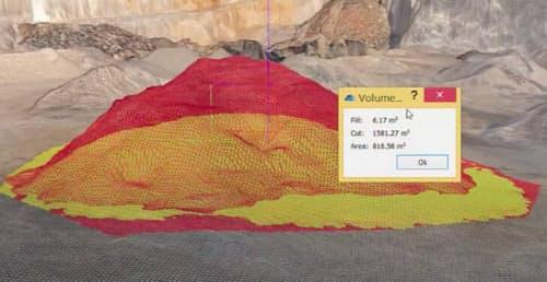 Terra Mapperの「デスクトップ版」で土量を計算する様子(資料:テラドローン)