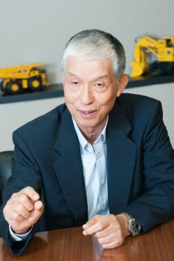 コマツ 取締役会長の野路國夫氏(撮影:菊池くらげ)
