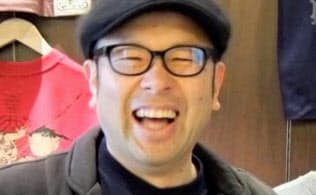 1963年東京都墨田区生まれ。国産Tシャツメーカー久米繊維工業の三代目(現相談役)。ICTと英語活用で起業を目指すiU情報経営イノベーション専門職大学教授。多摩大学客員教授。明治大学講師
