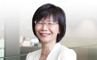 1963年生まれ。86年大学卒業後、YKKに入社。2010年工機技術本部品質保証室長に就任。16年4月に執行役員、同本部技術企画室長に就く。同じ会社に勤める同期入社の夫、大学3年生の息子、高校3年生の娘の4人家族(写真:遠藤素子)