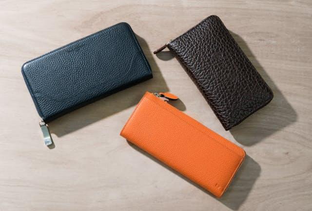 革の表面にシボ(凹凸)がある長財布は長くキレイな状態で使えるという