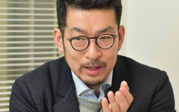田所雅之氏。1978年生まれ。大学を卒業後、外資系のコンサルティングファームに入社し、経営戦略コンサルティングなどに従事。独立後は、日米で起業、シリコンバレーで活動した。日本に帰国後、米国シリコンバレーのベンチャーキャピタルのベンチャーパートナーを務めた。2017年、新たにスタートアップの支援会社を設立。その経験を生かして作成したスライド集『スタートアップサイエンス2017』は全世界で約5万回シェアという大きな反響を呼んだ