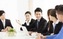 働く一人ひとりが働き方を変えていくことが求められている(写真はイメージ)。
