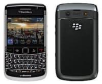 2010年7月発売の「ドコモ スマートフォン BlackBerry Bold 9700」