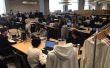 「ユニクロ」を展開するファーストリテイリングは新オフィスで業務刷新を進める