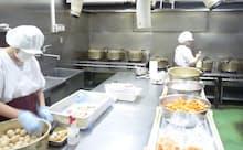小鍋で炊き上げるのが味の秘訣