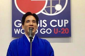 4月のグロービス杯であいさつする堀義人グロービス経営大学院学長