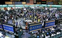 米ニューヨーク・マーカンタイル取引所(NYMEX)に上場されているWTI原油(ニューヨーク)=AP