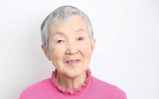1935年生まれ、82歳。三菱銀行(現・三菱UFJ銀行)を定年まで勤め上げ、3年間の関連会社勤務を経て退職。リタイア生活に入るのを機にパソコンを独学で習得。自宅でシニア向けパソコンサロンも主宰。2017年にiOS向けひな人形位置当てゲームのアプリ「hinadan」を開発。同年6月には、米アップルが開催する世界開発者会議「WWDC 2017」に世界最高齢の女性開発者として特別招待され、一躍注目を集める